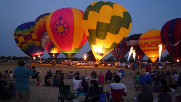 082011-balloon-festival