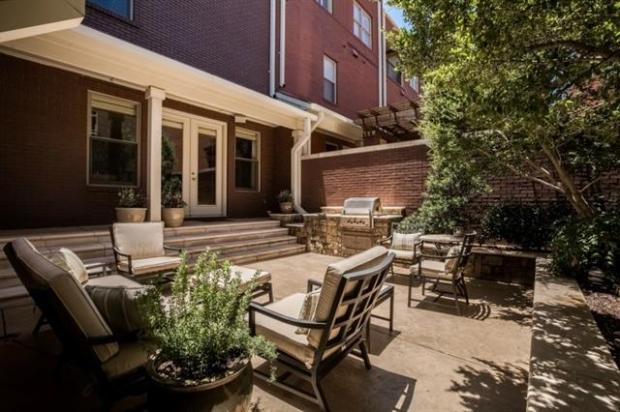 Spacious Outdoor Courtyard Perfect For All Your Entertaining Nee