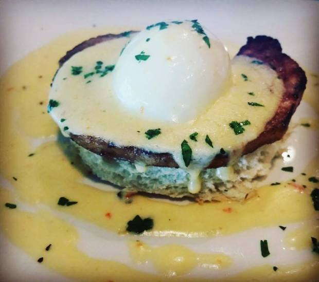 thetable-flowermound-highlandvillage-tx-restaurant-foodiefriday-jaymarks-jaymarksrealestate-eggsbenedict