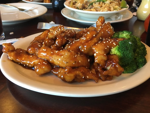 chinaisland-asiangrill-flowermound-highlandvillage-tx-chinesefood-thaifood-asianfood-restaurant-foodiefriday-jaymarksrealestate-9656