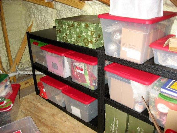10holidaystoragehacks-storagespace-jaymarksrealestate-jaymarks-realestate-flowermound-tx